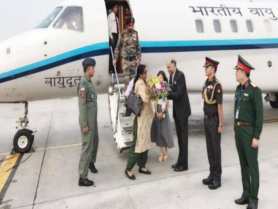 Defence Minister's transit visit
