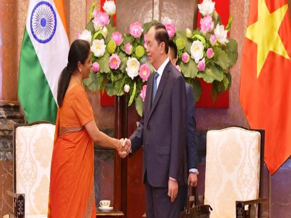 Defence Minister calls on President of Vietnam