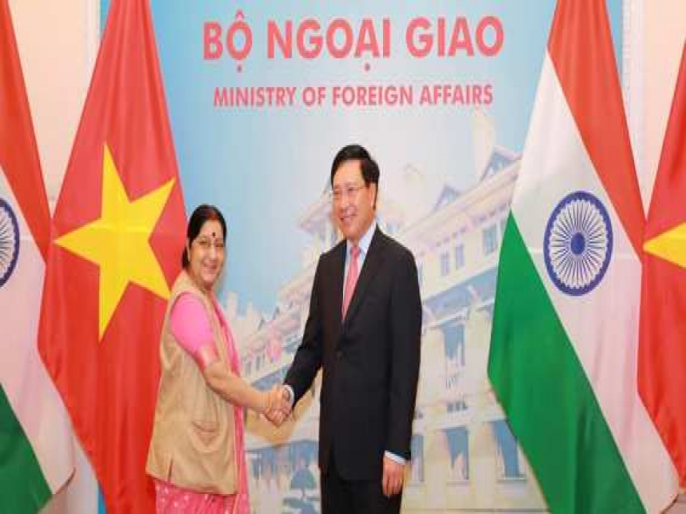Hon'ble EAM received by DPM & Foreign Affairs Minister of Vietnam