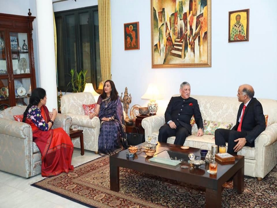 Dinner hosted by Ambassador in honour of Chief of Army Staff