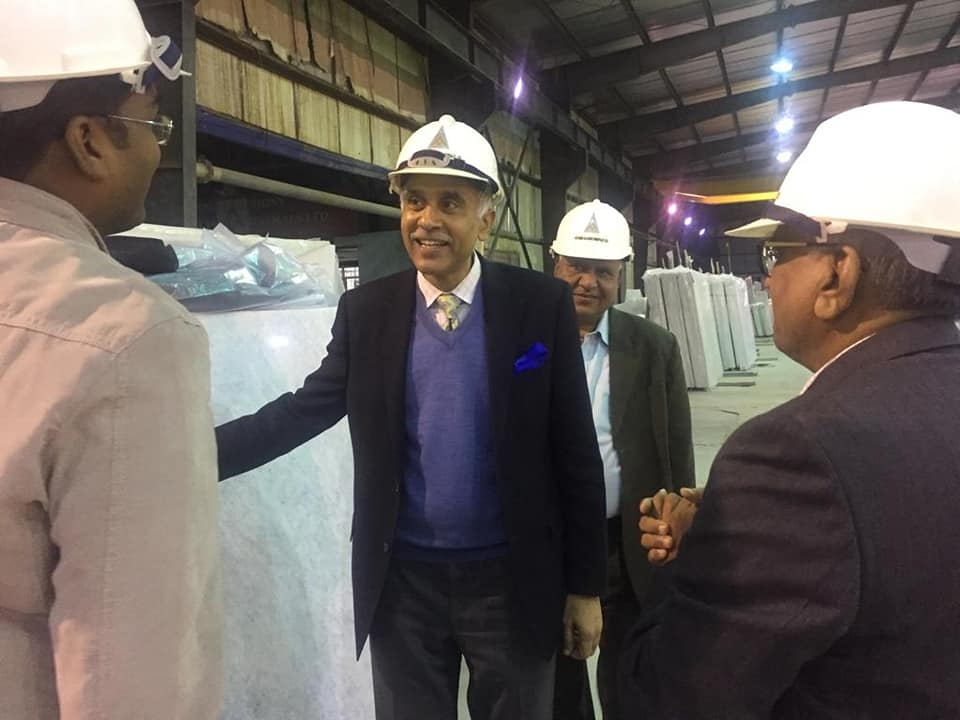 Visit to factory of Vietnam Alliance Minerals Ltd. in Kien Giang