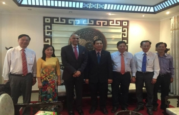 Ambassador P. Harish met Chairman of People's Committee of Ben Tre province HE Mr. Cao Van Trong and discussed means of strengthening relations between India and the province.