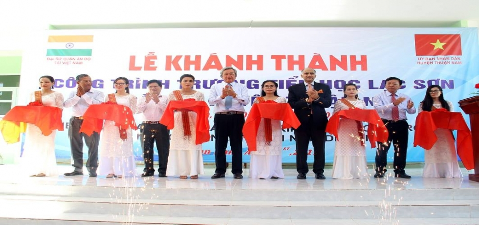 Ambassador P. Harish visited Ninh Thuan Province to inaugurate a Quick Impact Project under Mekong Ganga Cooperation framework of Lac Son Primary School in Ca Na Commune in Thuan Nam district.