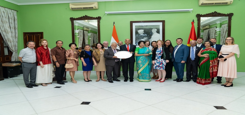Ambassador P. Harish and Mrs. P. Nandita hosted a farewell reception for Vietnamese government officials, the Diplomatic Corps and friends of India.