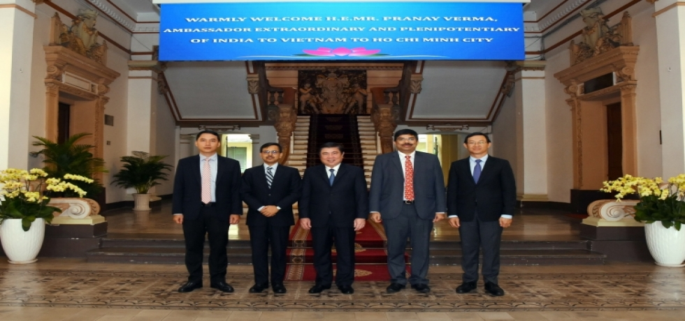 Ambassador meets Chairman of Ho Chi Minh City People's Committee