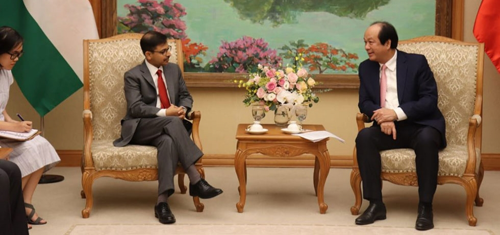 Ambassador Pranay Verma met with the Chairman of the Office of Government (Prime Minister's Office) of Vietnam, H.E. Mr. Mai Tien Dung on 5 September 2019.