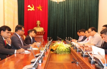 Ambassador Pranay Verma met with the Party Secretary of Hanoi City and Member of Politiburo of the Communist Party of Vietnam H.E. Mr. Hoang Trung Hai on 6 September 2019. They exchanged views on recent positive developments in India-Vietnam relations and expressed satisfaction on wide-ranging cooperation between the two sides. Ambassador thanked Party Secretary Hai for constant support provided by the City of Hanoi to the Embassy's functioning and outreach activities.