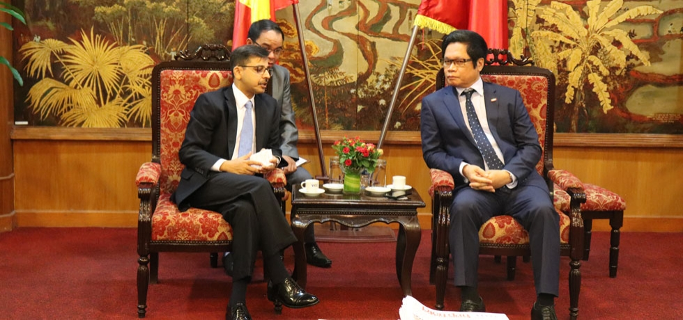 Ambassador Pranay Verma met with the Chairman of Vietnam Chamber of Commerce and Industry H.E. Mr. Vu Tien Loc on 6 September 2019