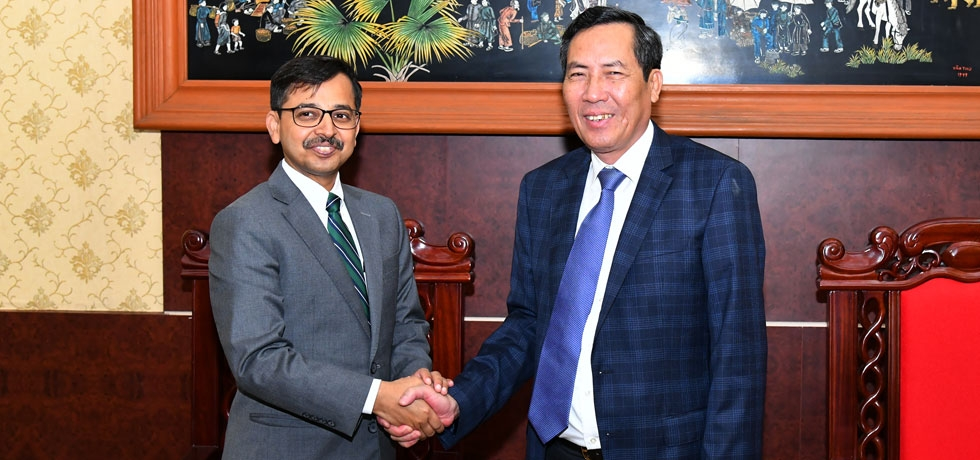 Ambassador Pranay Verma met H.E. Mr. Thuan Huu, Editor-in-Chief of Nhan Dan Newspaper and Central Committee Member of the Communist Party of Vietnam, on 11 September 2019.