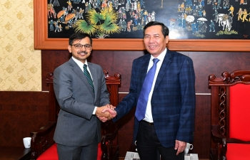 Ambassador Pranay Verma met H.E. Mr. Thuan Huu, Editor-in-Chief of Nhan Dan Newspaper and Central Committee Member of the Communist Party of Vietnam, on 11 September 2019. During the meeting, they discussed avenues for closer cooperation and exchanges between the media of the two countries in order to further strengthen greater mutual understanding and the Comprehensive Strategic Partnership between the two countries. Ambassador highly appreciated the contributions made by Nhan Dan as the main news organ of the Communist Party of Vietnam, in the development of India-Vietnam relations over the years.