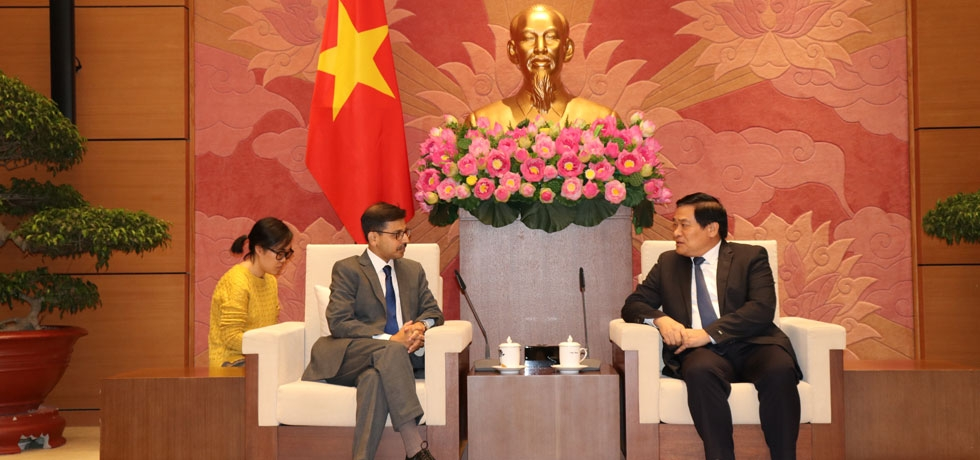Ambassador meets Vietnam-India Parliamentary Friendship Group