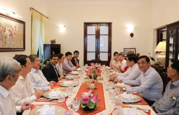 At a luncheon meeting hosted at the India House on 10 June 2020, Ambassador Pranay Verma engaged with the Members of the Vietnam-India Parliamentary Friendship Group in the National Assembly of Vietnam to explore new avenues to promote closer partnership between the two countries and their Parliaments.