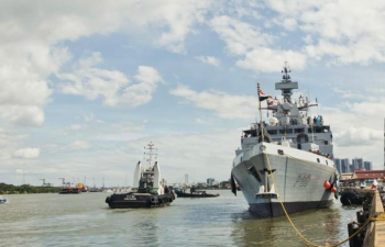 Visit of INS KILTAN to Vietnam