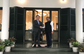 Ambassador hosts President of VASS