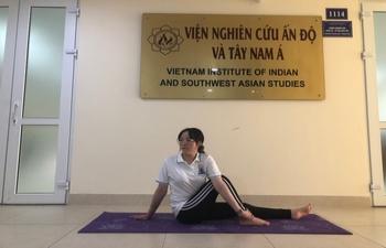 India@75: Online  Yoga Session with VIFA, VIISAS & INCHAM