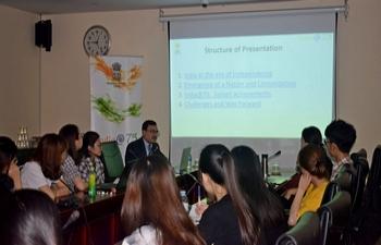 """India@75: Presentation on ''Reemergence of India: Retrospect & Prospect"""" at USSH, Hanoi."""