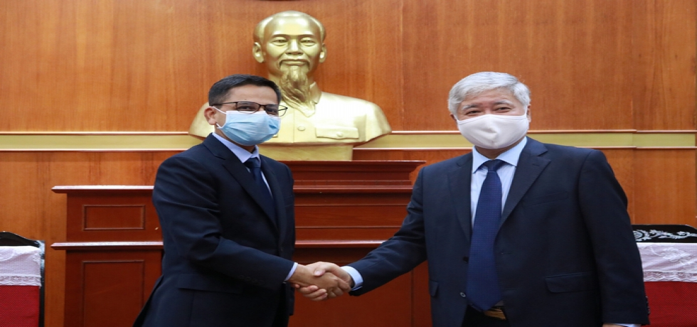 Ambassador's Meeting with President of Vietnam Fatherland Front